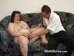 Intern massage för arabisk porr en rakad kvinna ung,